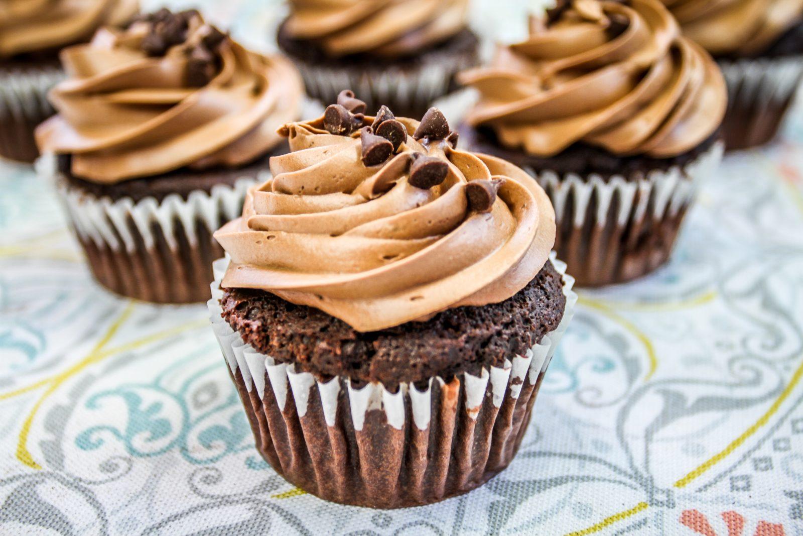 mini mocha cupcakes
