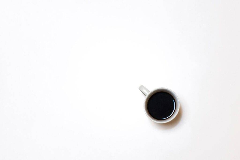 [10 Methods] How to Make Coffee Less Acidic