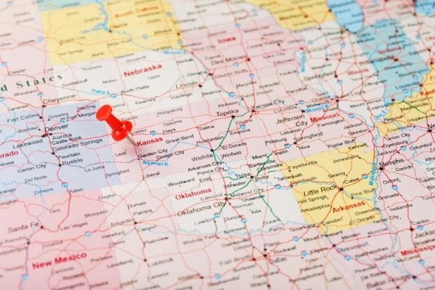 aguja clerical roja mapa estados unidos kansas capital topeka cerrar mapa kansas tachuela roja 94046 3985